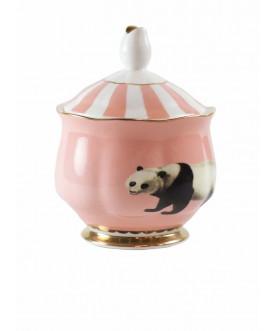 Cukiernica Panda, Yvonne Ellen